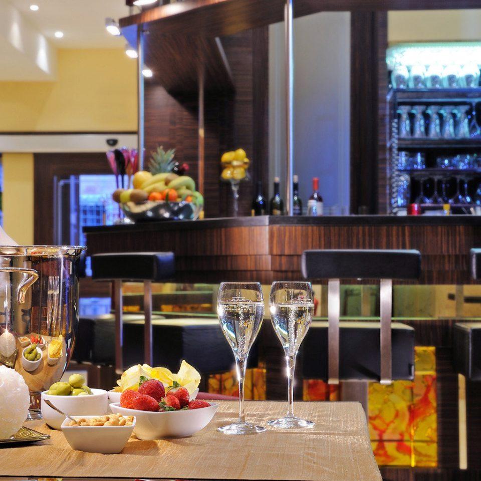 City Dining Drink Eat Hip restaurant floristry brunch Bar counter