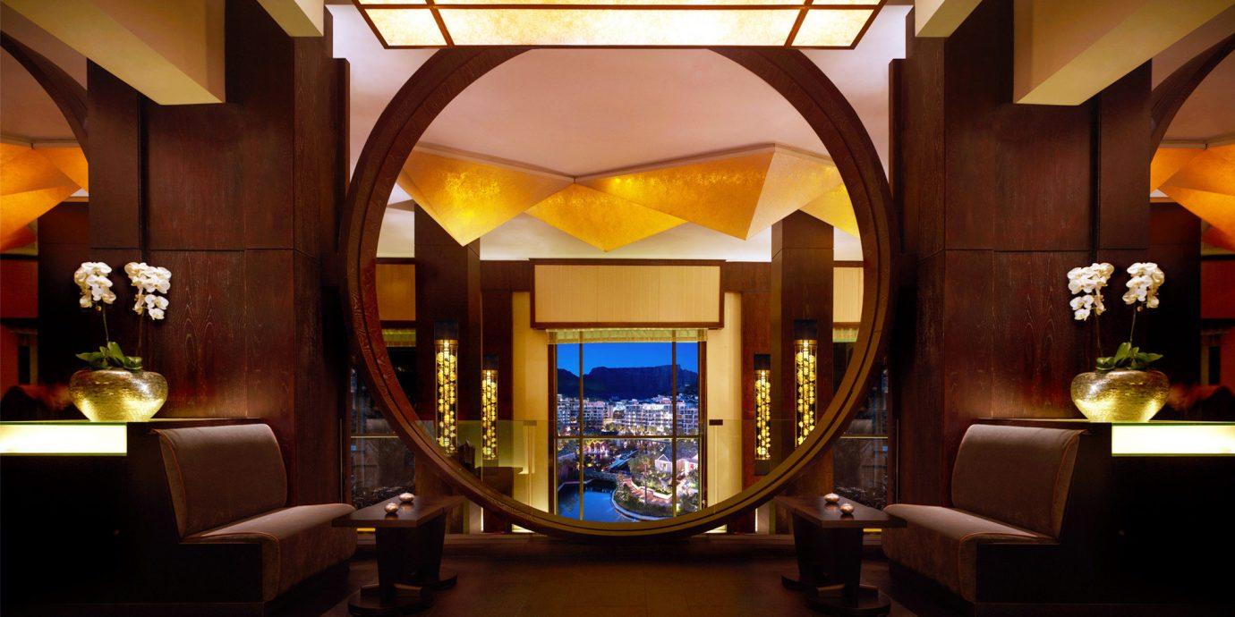 City Dining Drink Eat Lounge Luxury Modern Resort Scenic views living room home Lobby lighting Suite mansion screenshot lamp Bar