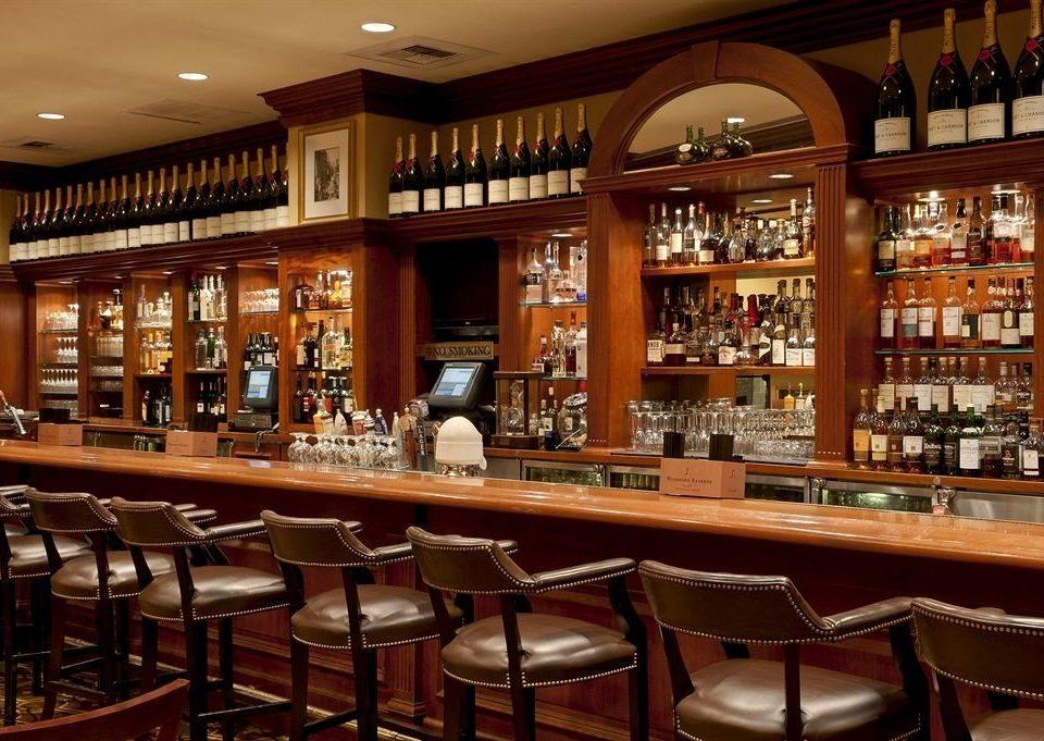 Bar City Elegant shelf restaurant café Dining function hall Island
