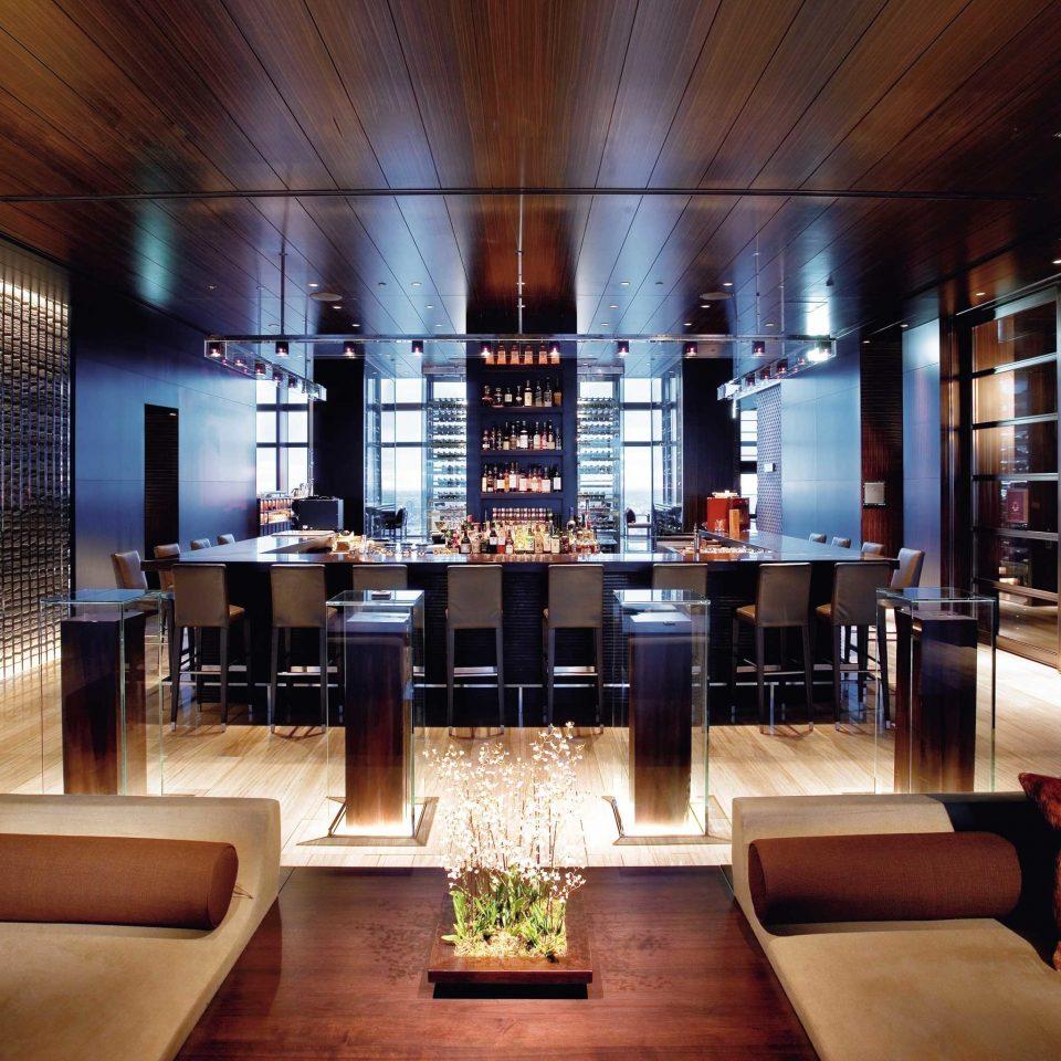 Bar City Drink Elegant Hotels Luxury Modern Romance Lobby living room restaurant
