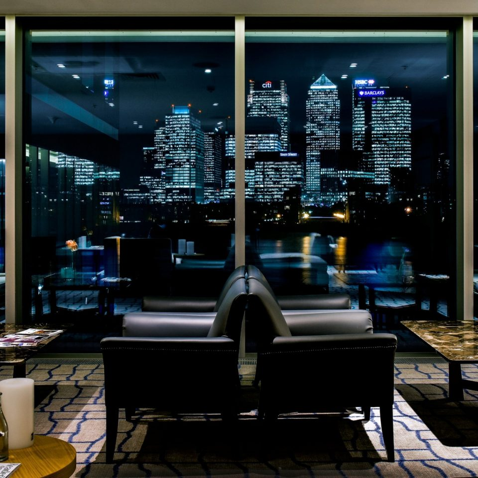 City night living room Lobby lighting screenshot Bar