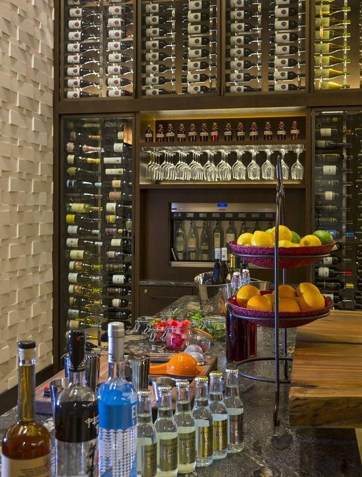 Classic Dining Drink Eat Resort bottle grocery store Bar shelf counter restaurant vending machine