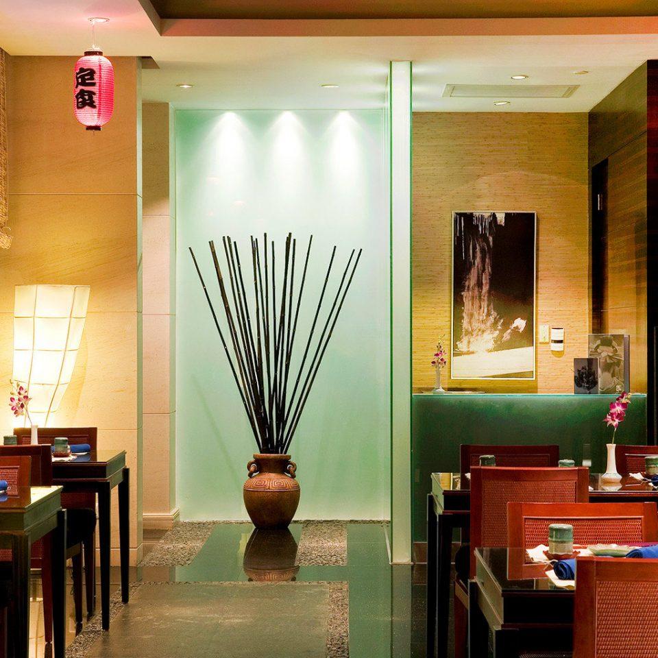 Classic Dining Drink Eat Resort restaurant Bar café Lobby coffeehouse