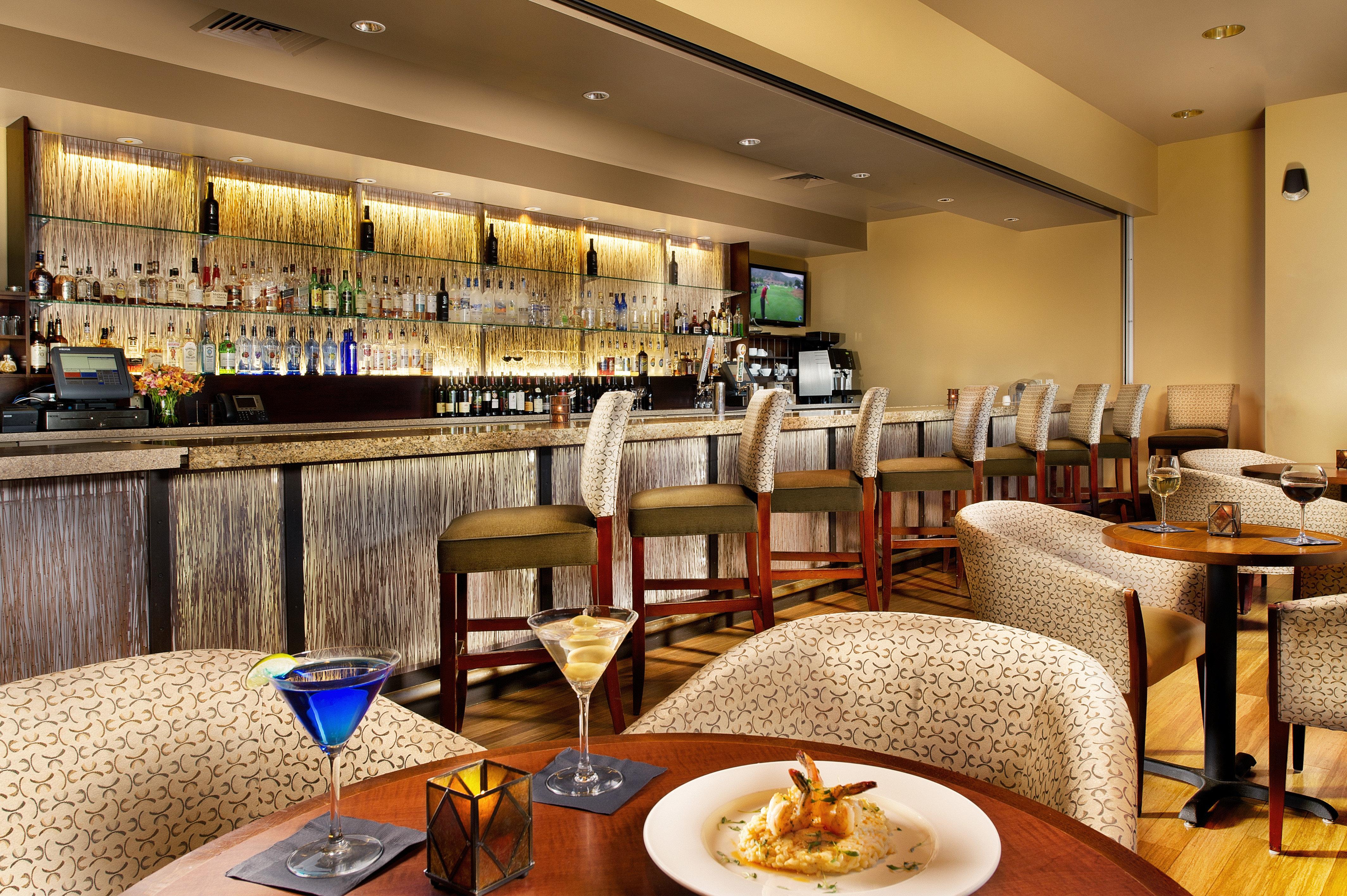 Bar Classic Dining Drink Eat Lounge Resort restaurant café Lobby function hall