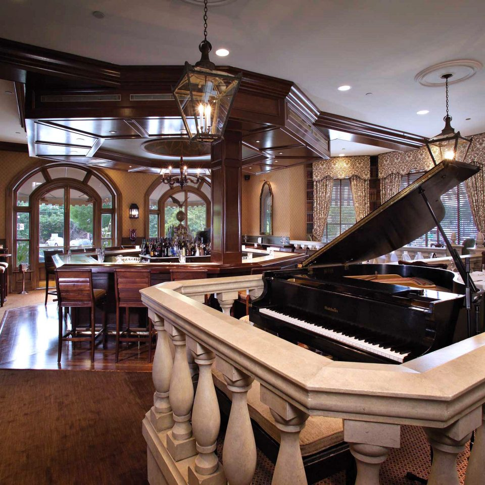 Classic Elegant Historic Lounge Luxury restaurant Lobby Bar