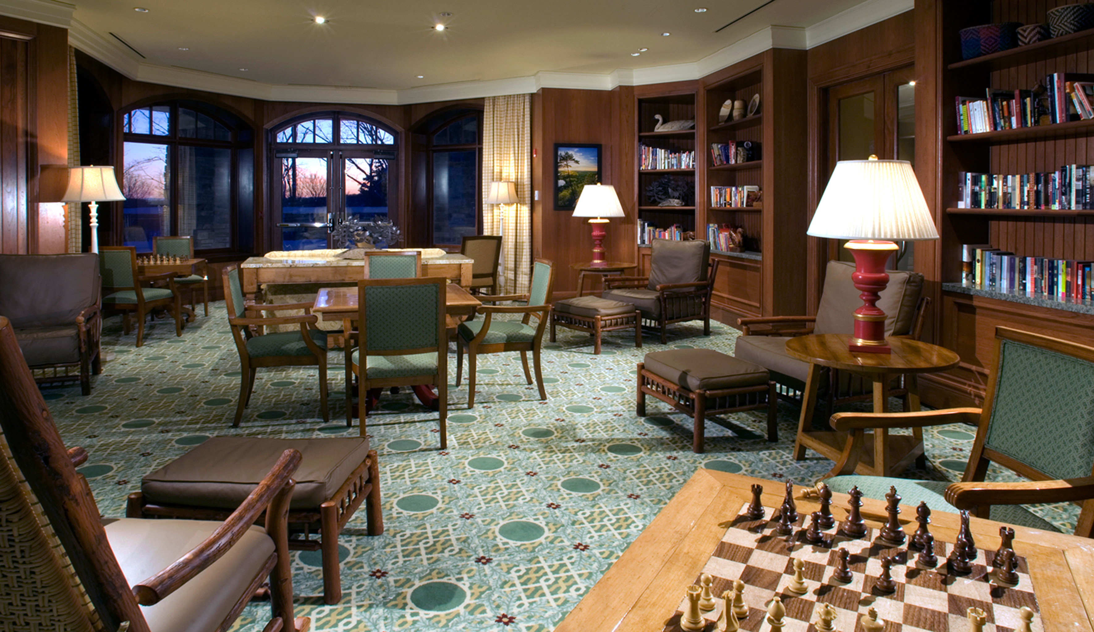 Classic Entertainment Lounge Resort chair restaurant shelf recreation room Bar