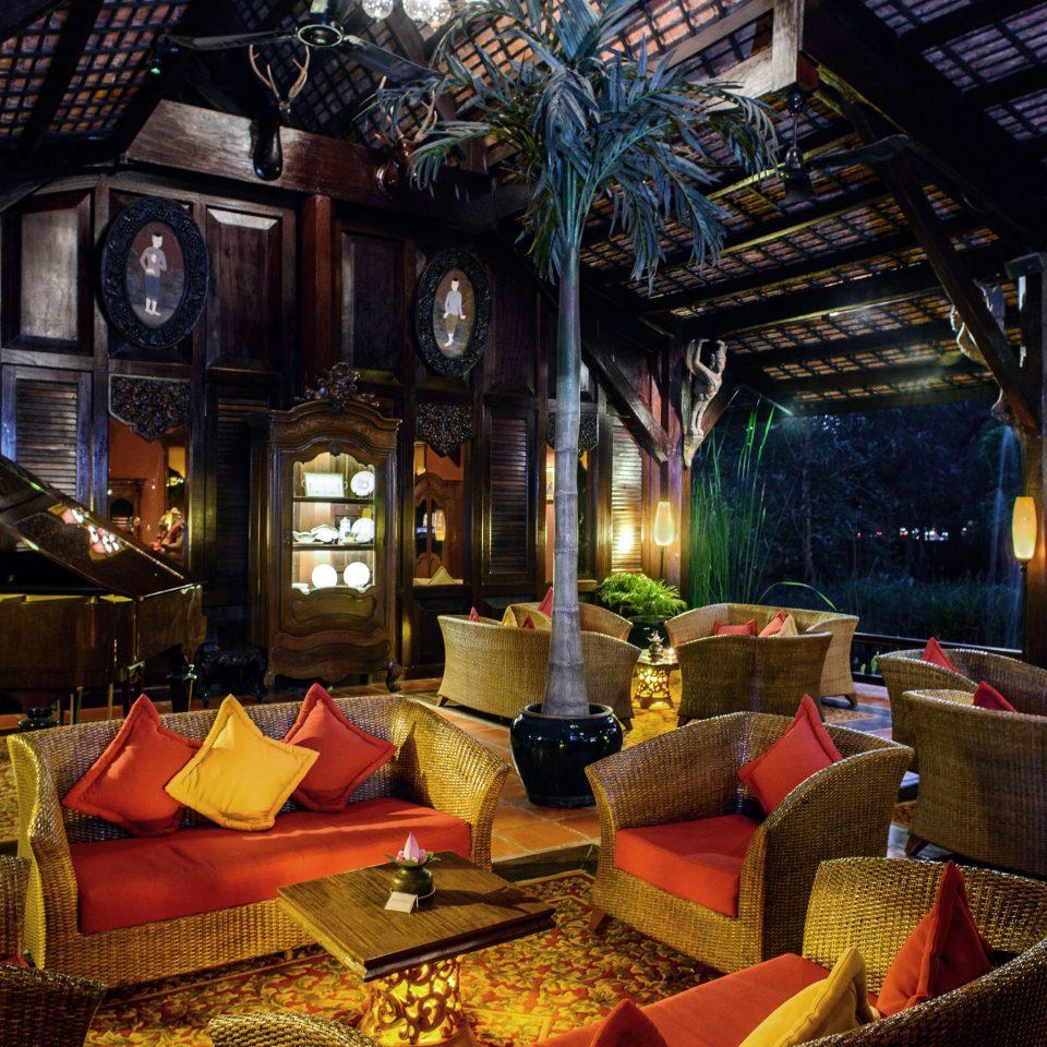 Classic Grounds Lounge Romance Romantic Wellness building Resort home restaurant screenshot living room Bar