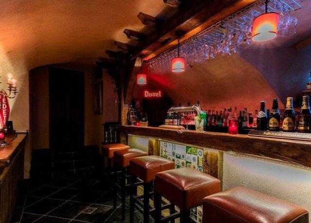 Bar restaurant nightclub cluttered