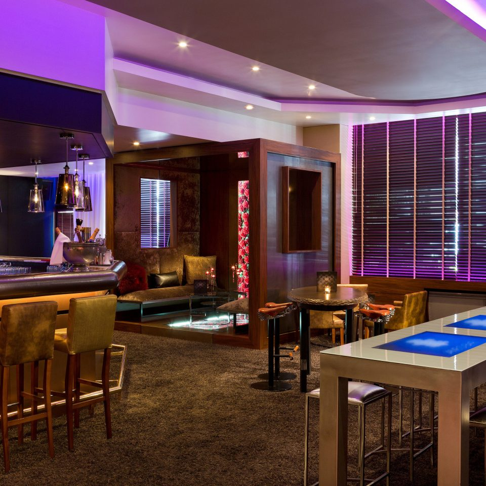 recreation room Bar function hall restaurant convention center conference hall