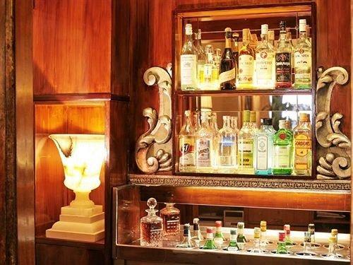 shelf counter Bar