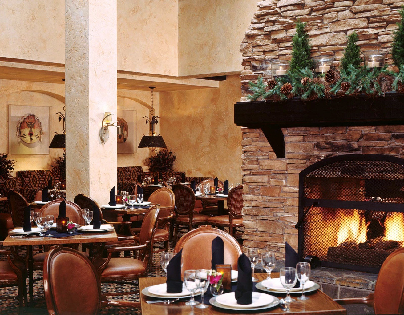 Country Dining Drink Eat Fireplace Lodge restaurant living room Bar stone