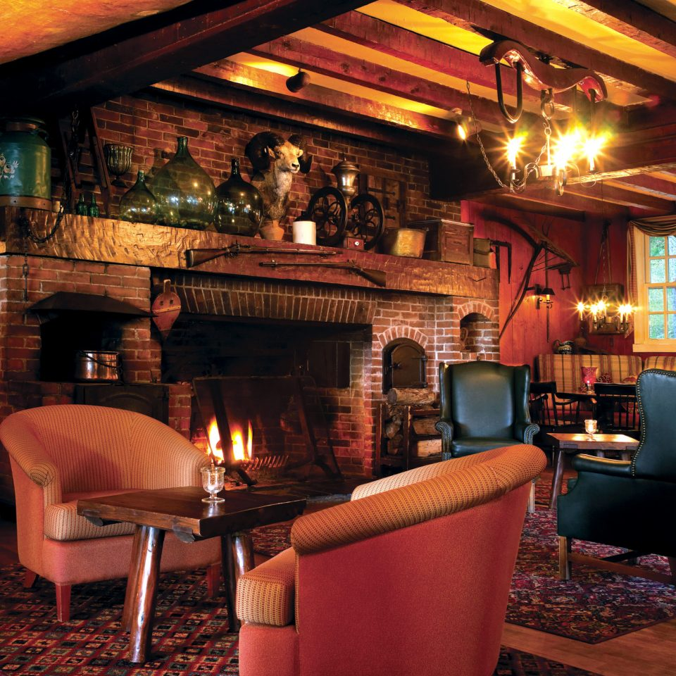 Bar Country Elegant Fireplace Historic Lake Lounge Rustic fire restaurant living room