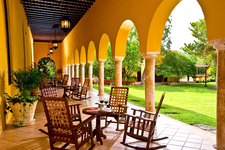 Bar Dining Drink Eat Luxury Rustic hacienda Resort restaurant Villa palace Courtyard outdoor structure