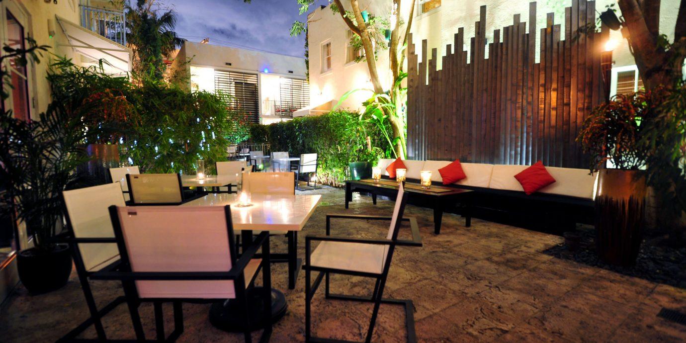 restaurant Lobby Resort Courtyard hacienda home Bar Villa