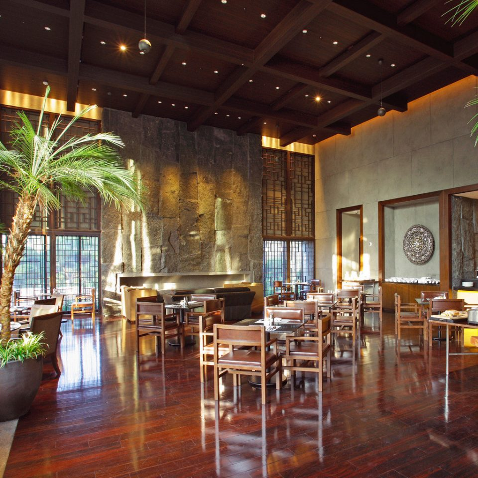 Cultural Drink Eat Hotels Luxury Travel Modern Lobby restaurant Dining Resort function hall Bar