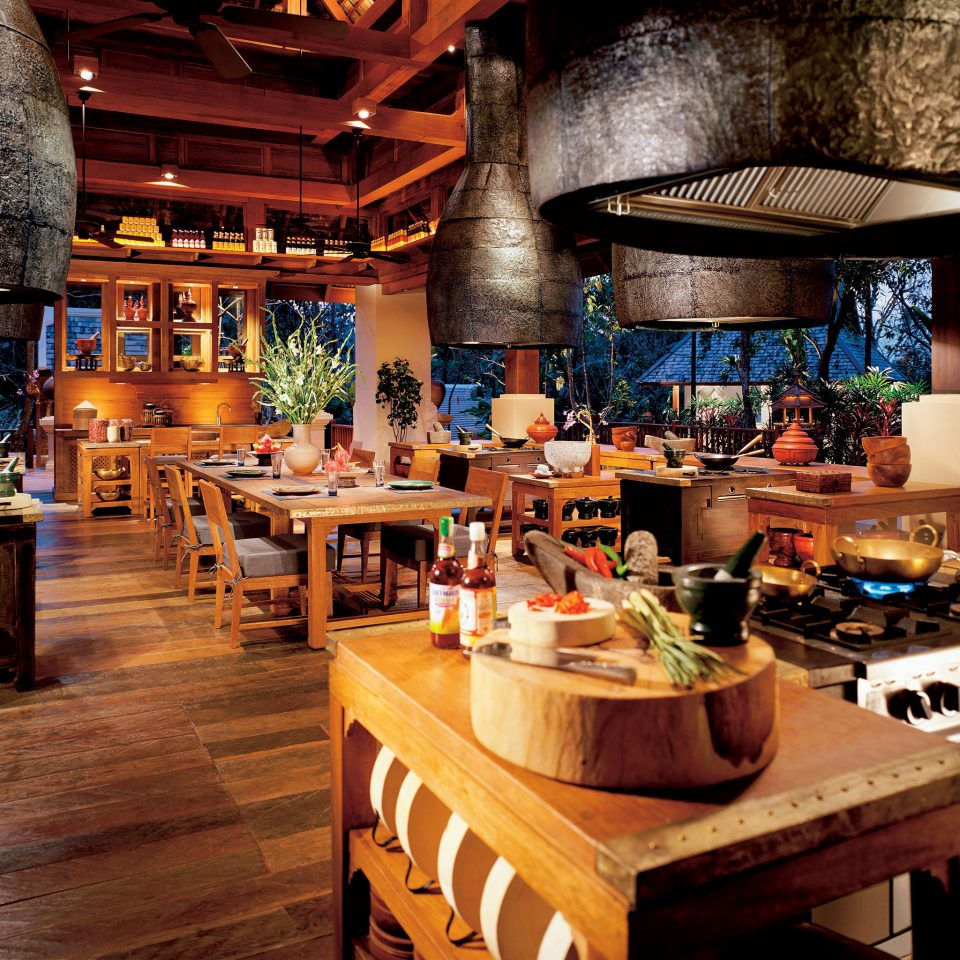 Cultural Dining Drink Eat Elegant Honeymoon Jungle Kitchen Luxury Romantic Tropical home Bar restaurant Island