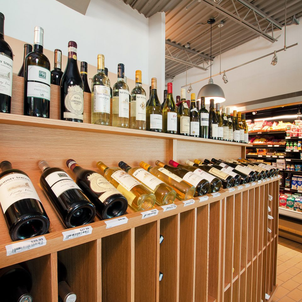 Cultural Drink Grounds Resort bottle wine Bar counter beer liquor store shelf grocery store drinking