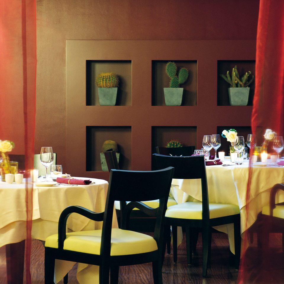 restaurant curtain function hall Bar