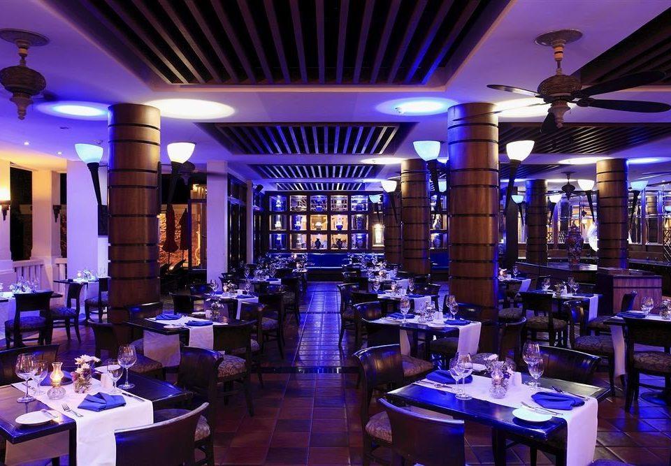 function hall restaurant Dining Bar nightclub convention center ballroom set dining table