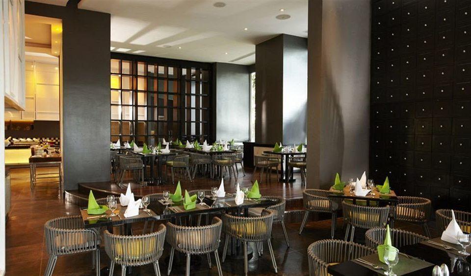 Dining restaurant function hall Bar set dining table