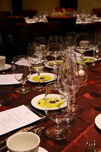 glasses plate wine Dining dinner banquet set restaurant wedding reception Drink function hall centrepiece dining table Bar