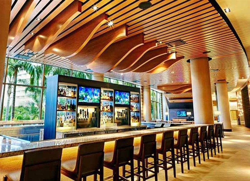 Bar Dining Drink Eat Modern building restaurant food court shopping mall plaza convention center function hall fast food restaurant lined