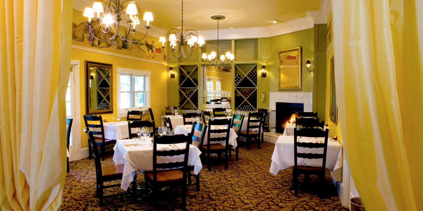 Bar Dining Drink Eat Elegant curtain restaurant function hall home