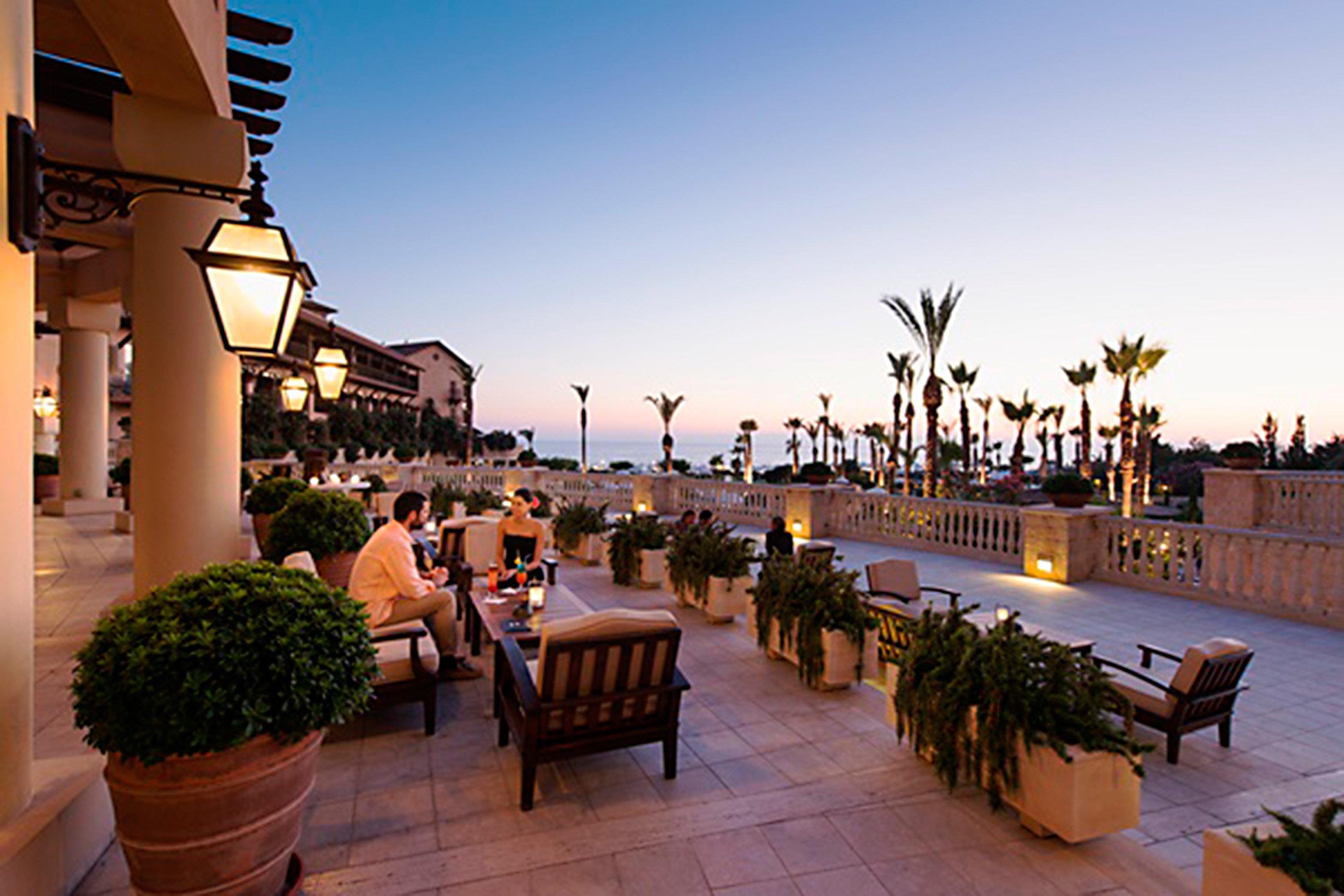 Bar Dining Drink Eat Luxury Romantic Scenic views sky Resort plaza walkway restaurant evening palace travel