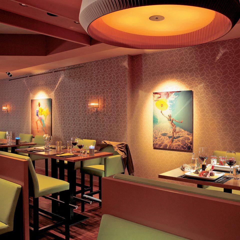 Dining Drink Eat Hip Modern restaurant recreation room Bar function hall lamp