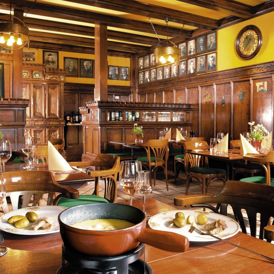 Dining Drink Eat Rustic restaurant Bar café cuisine dining table