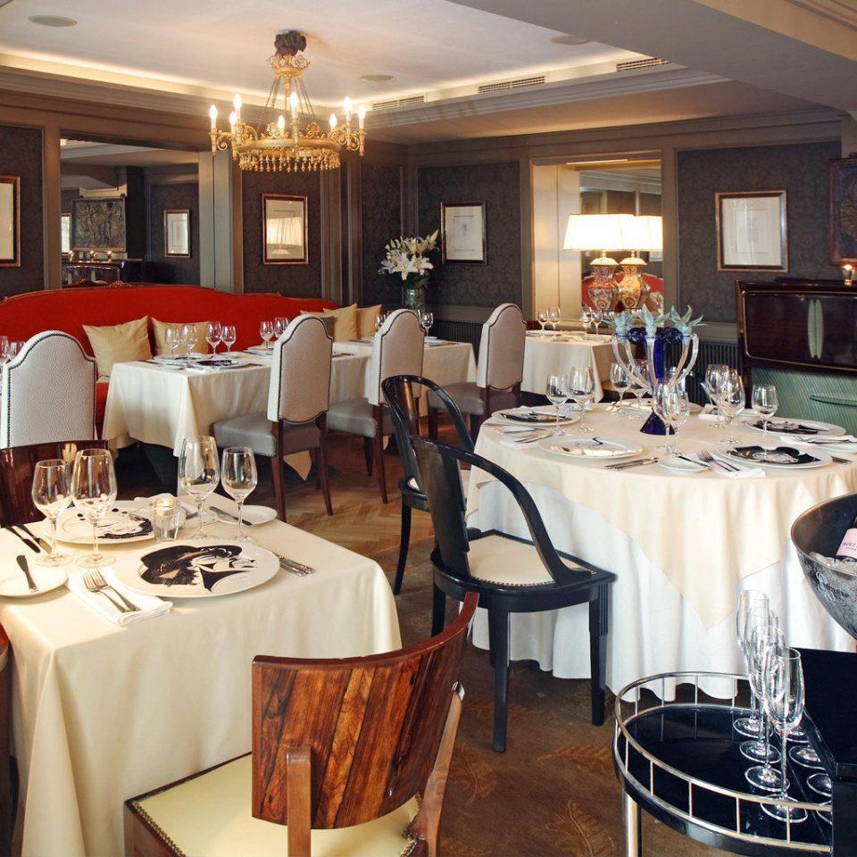 Bar Dining Drink Eat Lounge restaurant function hall set