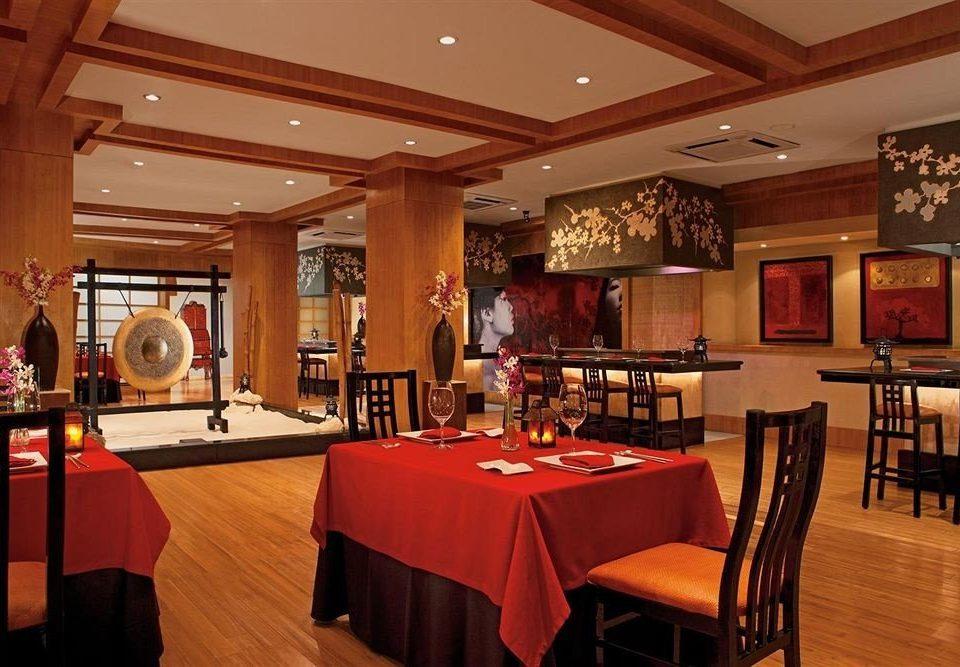 Bar Dining Drink Eat Elegant Luxury chair function hall restaurant recreation room Lobby Resort café ballroom Island