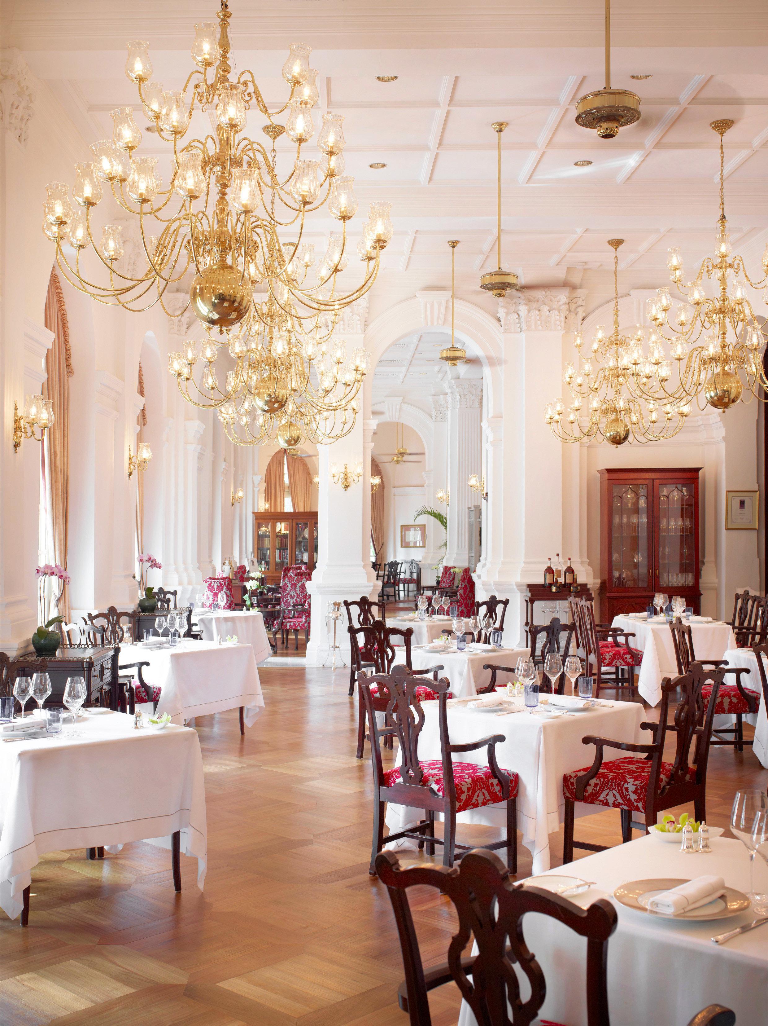 Bar Dining Drink Eat Elegant Luxury Romantic function hall ceremony lighting ballroom restaurant centrepiece aisle dining table
