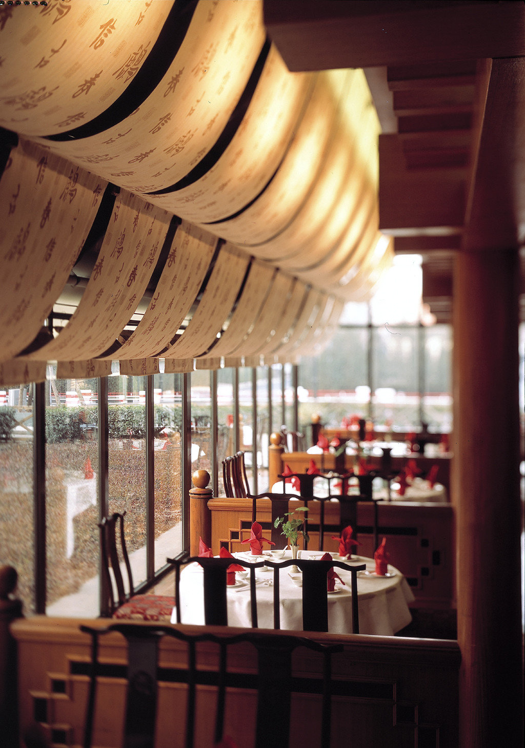 Bar Dining Drink Eat Hip Luxury Scenic views restaurant lighting