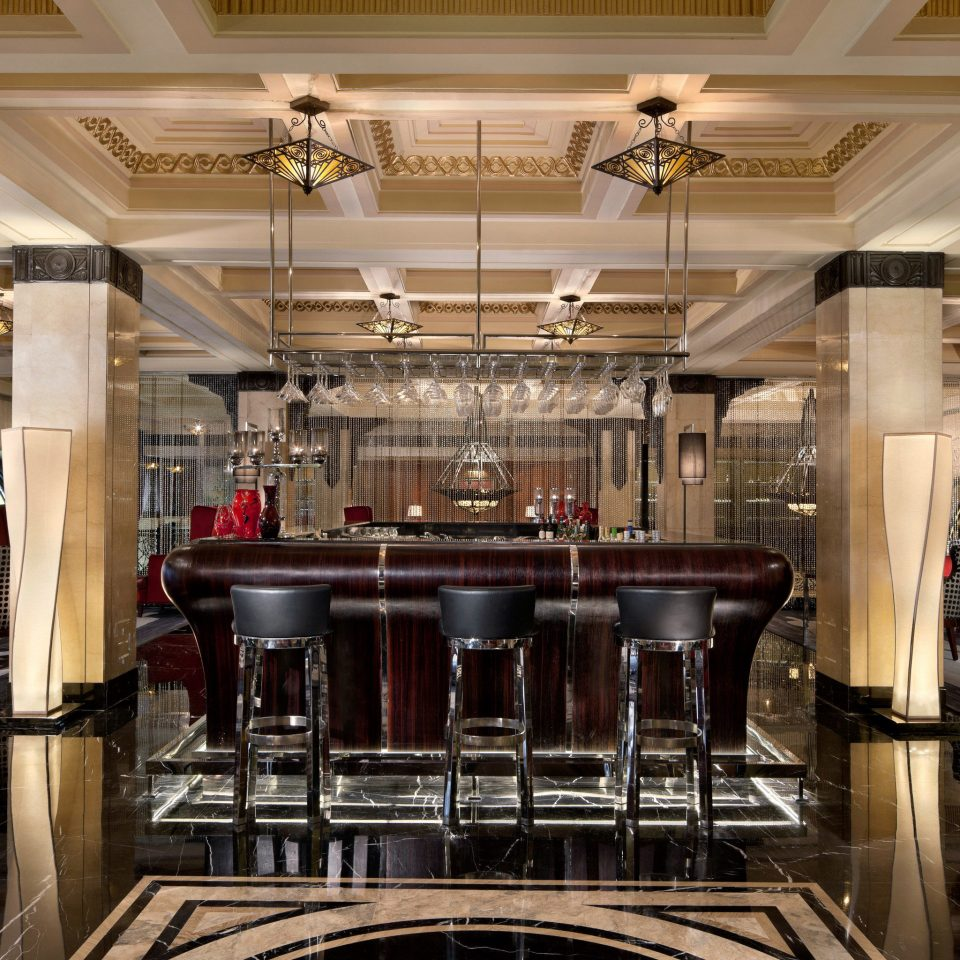 Bar Dining Drink Eat Elegant Hotels Luxury Kitchen Lobby function hall restaurant ballroom convention center auditorium steel