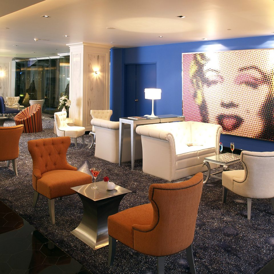 Bar Dining Drink Eat Hip Modern property Lobby living room home Suite restaurant vehicle condominium yacht
