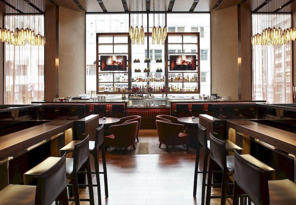 Bar Dining Drink Eat Hip Luxury restaurant cafeteria café function hall Island