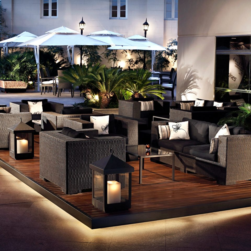Bar Dining Drink Eat Luxury Modern home Lobby restaurant lighting living room
