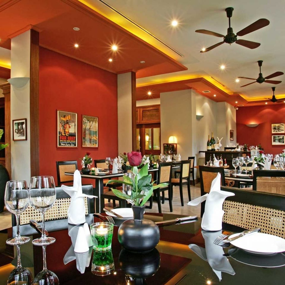 Dining Drink Eat Resort restaurant Lobby café function hall Bar cafeteria food court fast food restaurant buffet