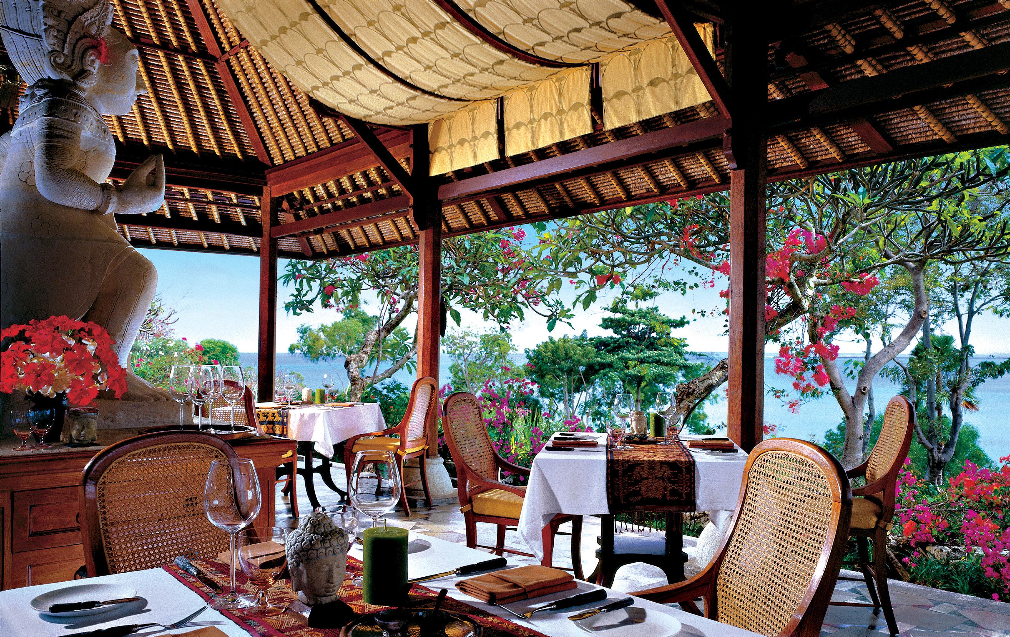 Bar Dining Drink Eat Hip Luxury Modern Ocean chair Resort restaurant home outdoor structure
