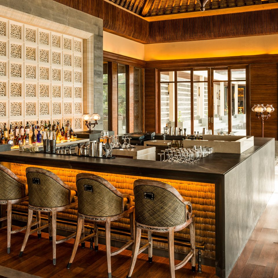 Bar Dining Drink Eat Hip Luxury Modern Ocean property restaurant home Winery cabinetry Kitchen countertop