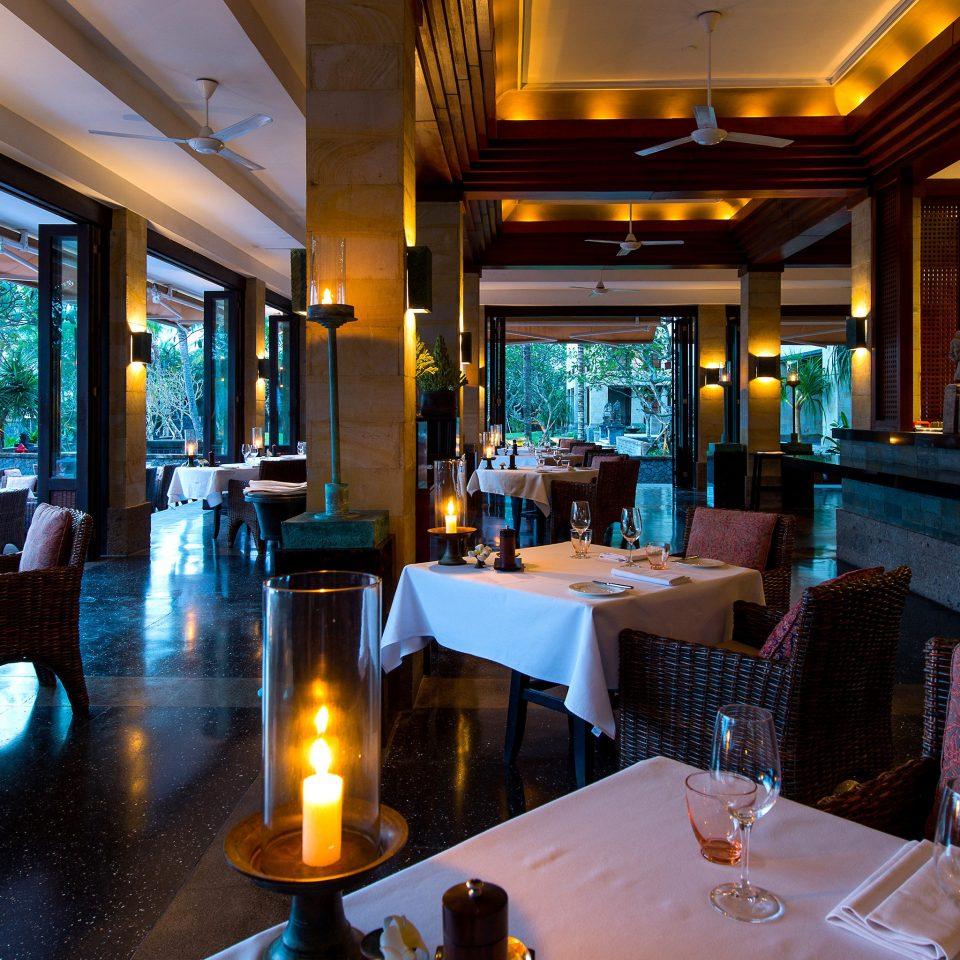 Bar Dining Drink Eat Elegant Ocean restaurant Resort Lobby