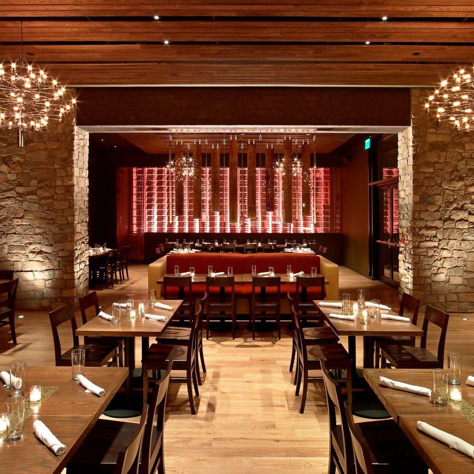 Bar Dining Drink Eat Modern function hall restaurant Lobby auditorium ballroom