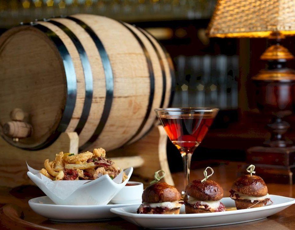 Bar Dining Drink Eat Elegant food plate man made object brunch sense wine