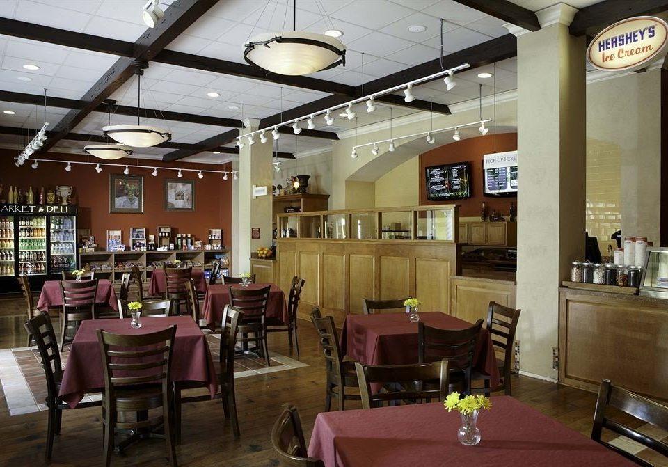 Bar Dining Drink Eat Luxury chair restaurant café function hall cafeteria food court Lobby coffeehouse