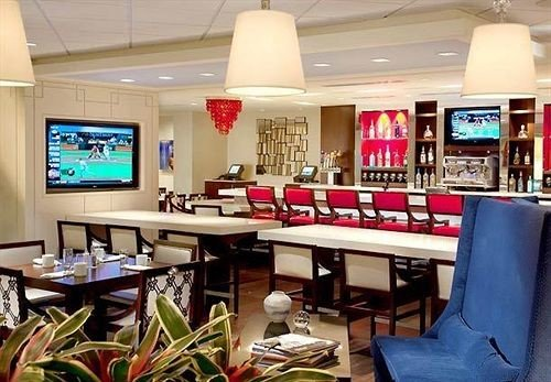 Bar Dining Drink Eat Hip property restaurant recreation room cafeteria