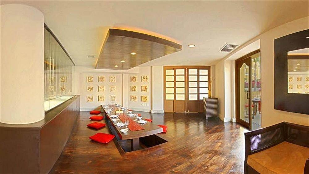 Bar Dining Drink Eat Luxury Romantic property living room Lobby home condominium Suite Resort mansion