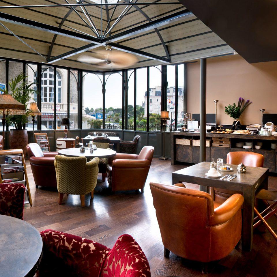 Dining Drink Eat Modern restaurant Resort home Bar café living room coffeehouse Lobby