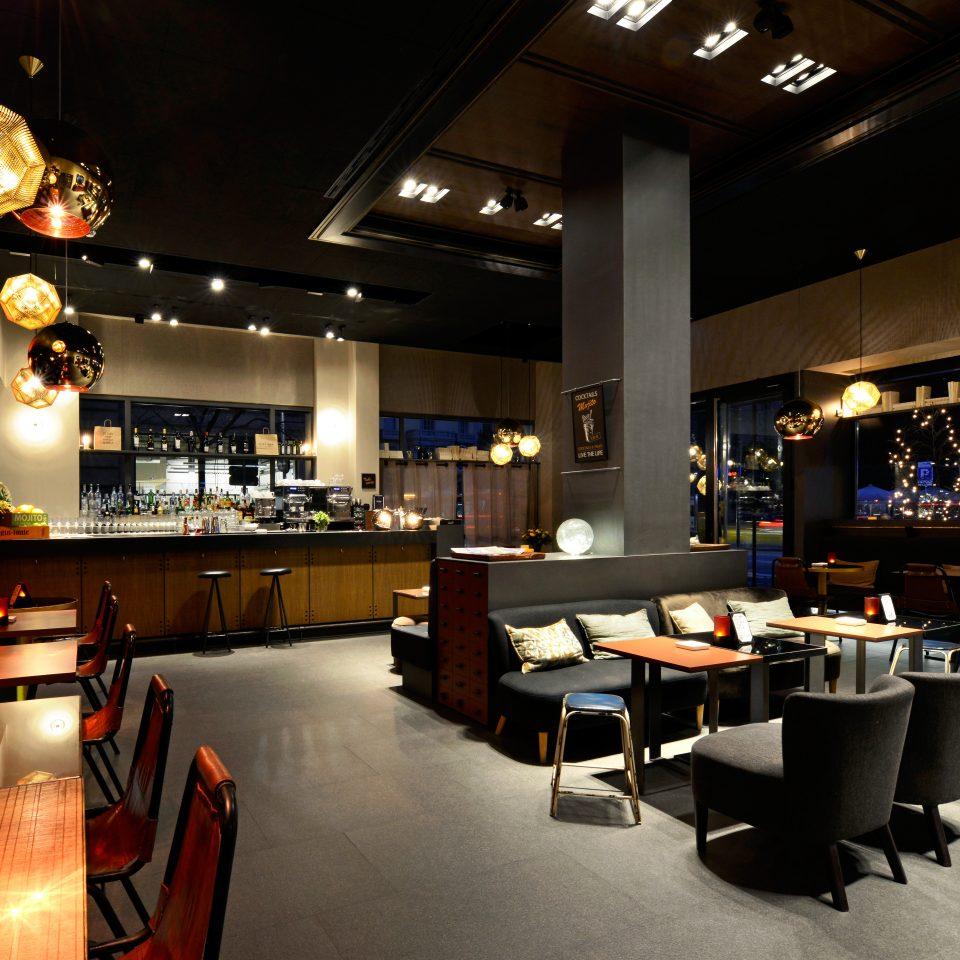 Bar Dining Drink Eat Luxury Nightlife Romantic recreation room billiard room restaurant