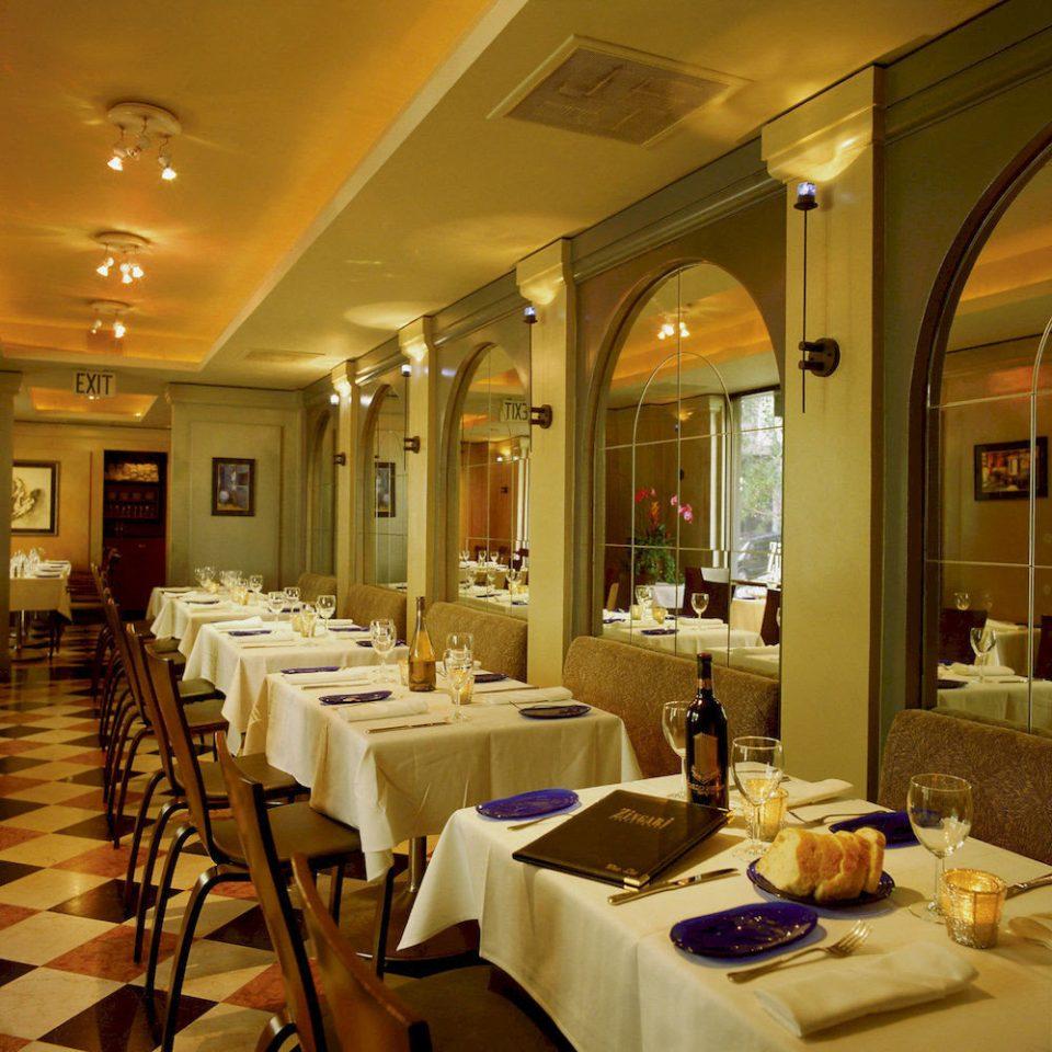 Bar Dining Drink Eat Elegant restaurant function hall Lobby ballroom conference hall set